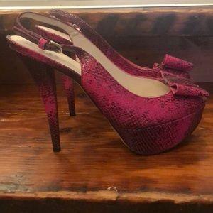 "Size 8 1/2 Stuart Weitzman 5"" pink snake shoes"
